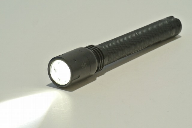 EXPLORER E75 Cree-XP-G(R5)LED 高性能LED懐中電灯